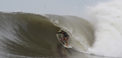 Some great Punta Mango high tide barrels.